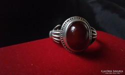 Hatalmas gránátköves ezüst hűség gyűrű