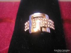 Gold filled gyűrű,arany bevonattal, aranyszínű kövekkel
