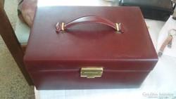 Ékszeres táska,telis-tele kincsekkel!
