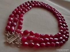 Szép régi rubinkő nyakék ezüst kapoccsal 160g