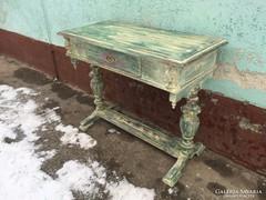 Vintage provance koptatott íróasztal