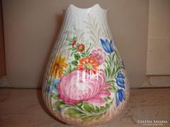 Gyönyörű virágos váza eladó!
