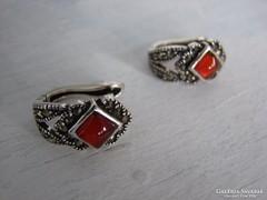 925 ezüst fülbevaló  Piros achát kővel és markazittal