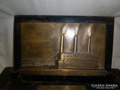 Bronz asztaldísz borsodi hőerőmű 1955