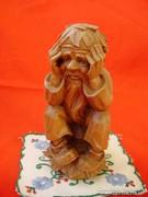 Antik részletgazdag fa szobor ülő apó,öreg