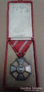Tildy Magyar Köztársasági érdemérem ezüst dobozával