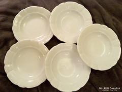 Zsolnay porcelán parasztányér, vastag fehér mély tányér