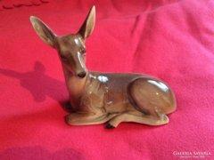 Őz porcelán, jelzett német koronás (GDR)