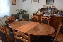 Polgári ebédlő étkezőasztal 6db kárpitozott faragott székkel