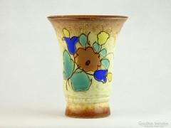 0K639 Jelzett virágdíszes kerámia váza 17 cm