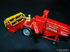 Matchbox No. 5 Massey Ferguson by Lesney