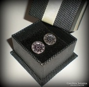 Csinos átszúrós fülbevaló (925)-apró fekete kövekkel