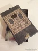 Antik orvosi gyógyszeres dobozka