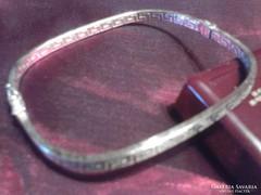 Csodás ezüst görög mintás karreif