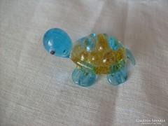 Egy édes kis teknőc- figurális szobor