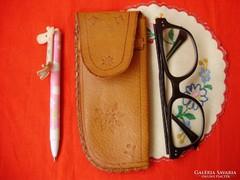 Hibátlan,régi,retro bőr szemüvegtok