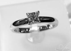 Gyémánt szoliter gyűrű