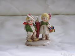 Antik altwien porcelán sétáló kislány és fiú esernyővel