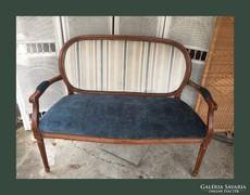 Kecses,neobarokk kis kanapé,szófa