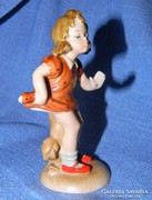 Hilla Peyk kerámia, bájos kislány szobor