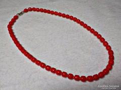 Piros üveg nyaklánc