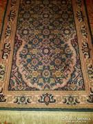 Eladó gyönyörű kézi csomózású perzsa szőnyeg