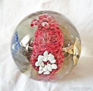Virágos üveg levélnehezék
