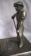 Retro, vasöntő szoc.reál szobor