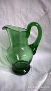 Zöld üveg kis kancsó