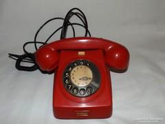 Retro piros telefon Mechanikai művek