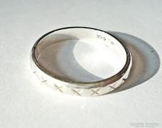 Ezüst körben csupa x gyűrű