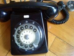 Retró tárcsás vezetékes telefon