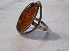 Borostyán hatású gyűrű