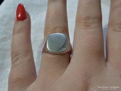 Női ezüst pecsétgyűrű , gravírozható