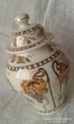 Zsolnay fedeles váza