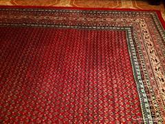 Gyönyörű kézi csomózású perzsa szőnyeg 260x370-cm