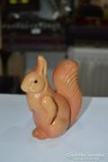 Műanyag mókus figura