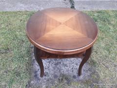 Régi kis asztal