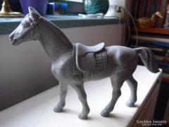 Ló szobor,