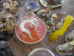 Régi porcelán keleti sárkányos leveses tál