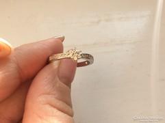 Csinos ezüst gyűrű (925jelzett)