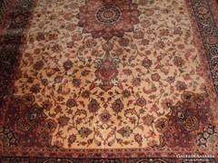 Álomszép  perzsaszőnyeg.200x300 cm.