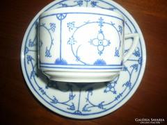 Kék mintás csésze és csészealj