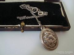 Régi Mária a kis Jézussal szentképes ezüst medál és lánc