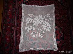 Régi virág mintás horgolt vitrázs kis függöny - 70 X 50 cm.