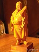 Kínai bölcset ábrázoló fa szobor