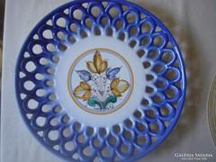 Zsűrizett áttört szélű kerámia tányér