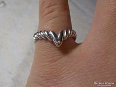 Különleges ezüst gyűrű 925-ös