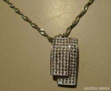 MODERN ezüst nyaklánc csodás medállal