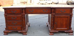 Chesterfield nagyméretű,térbe állítható íróasztal!